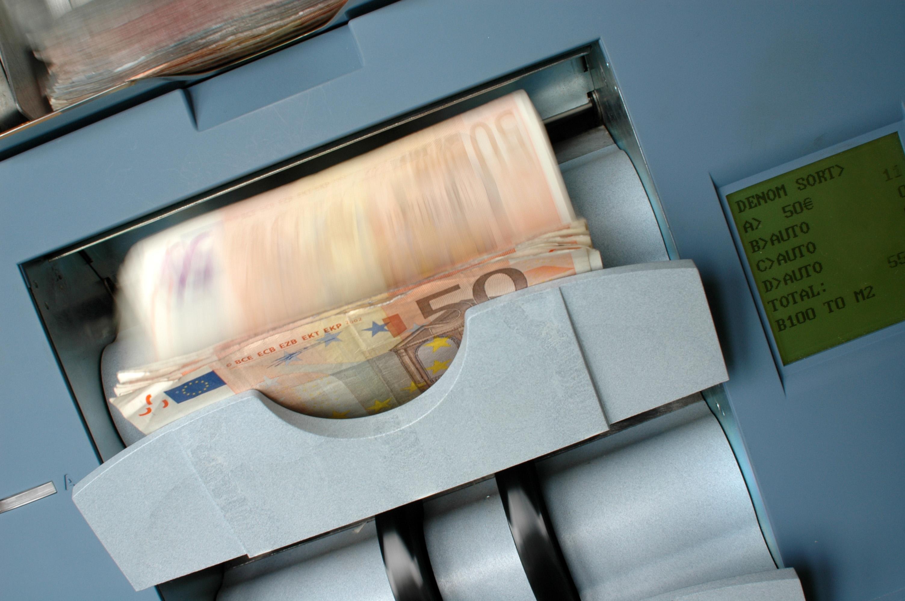 Hazte con un contador y detector de dinero